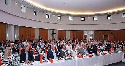 Jahreskongress der Fensterverbände 2018 in Ulm -  Die zunehmende Komplexität des Bauens