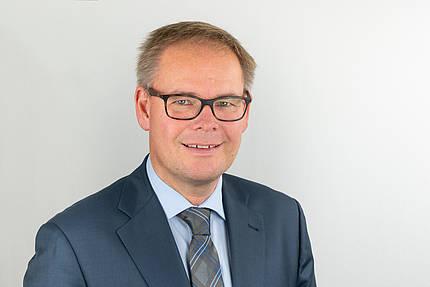 Nachfolger von Ulrich Tschorn - Frank Lange wird neuer Geschäftsführer der Fensterverbände