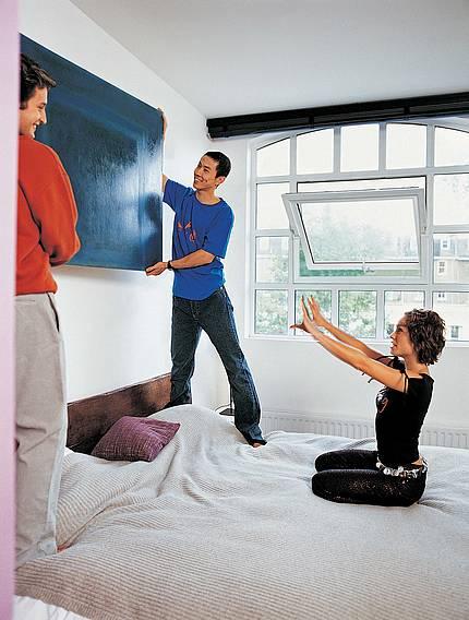 Der Verband Fenster + Fassade rät: So lüftet man bei dicker Luft richtig