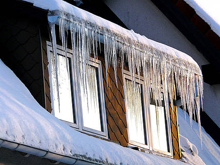 Der Verband Fenster + Fassade rät: So lüftet man im Winter